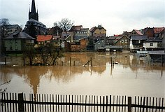 Hochwasser im April 1994: Am Sportplatz